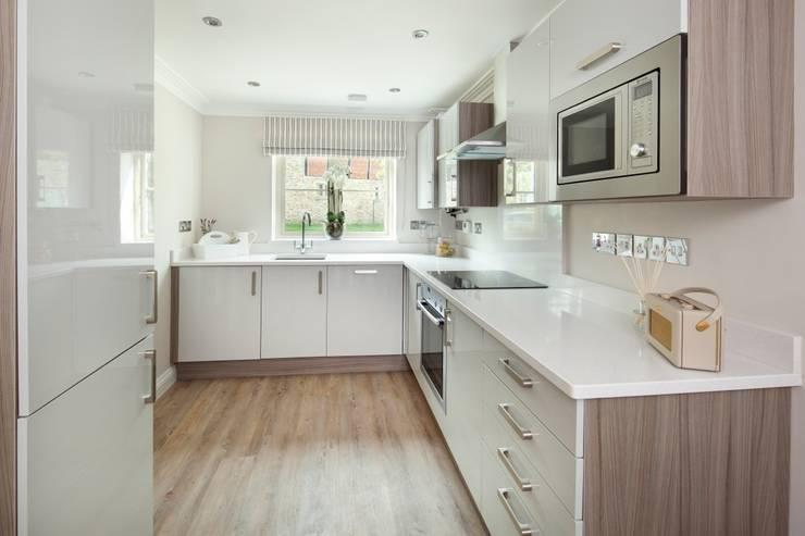 Cocinas de estilo  por Emma & Eve Interior Design Ltd, Moderno