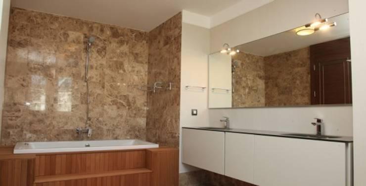 ห้องน้ำ by Nurettin Üçok İnşaat