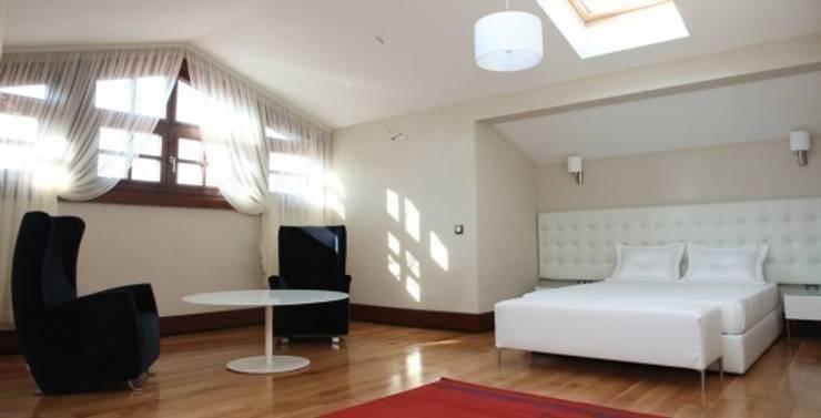 ห้องนอน by Nurettin Üçok İnşaat