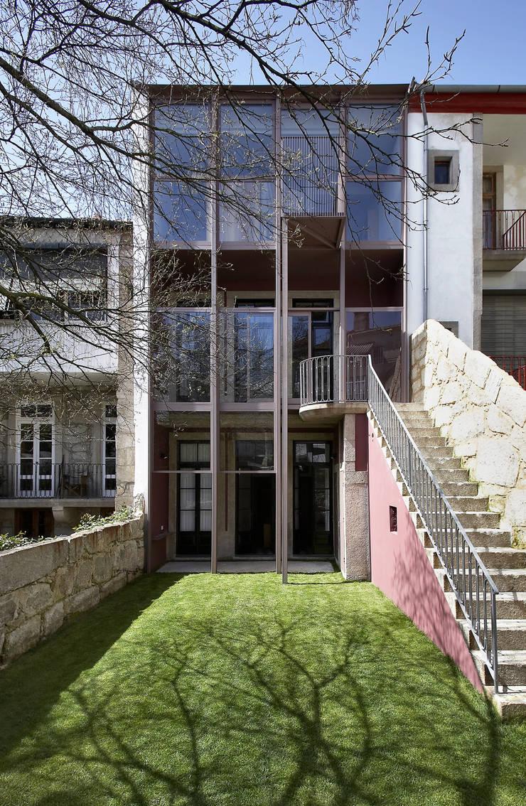 House in the city 3:   por aNC arquitectos