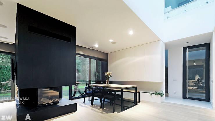 M - house: styl , w kategorii Jadalnia zaprojektowany przez zwA Architekci