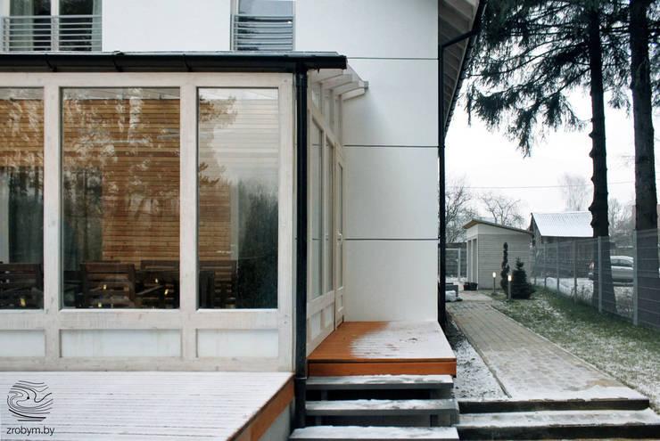 ENERGOHOUSE: Tерраса в . Автор – ZROBYM architects