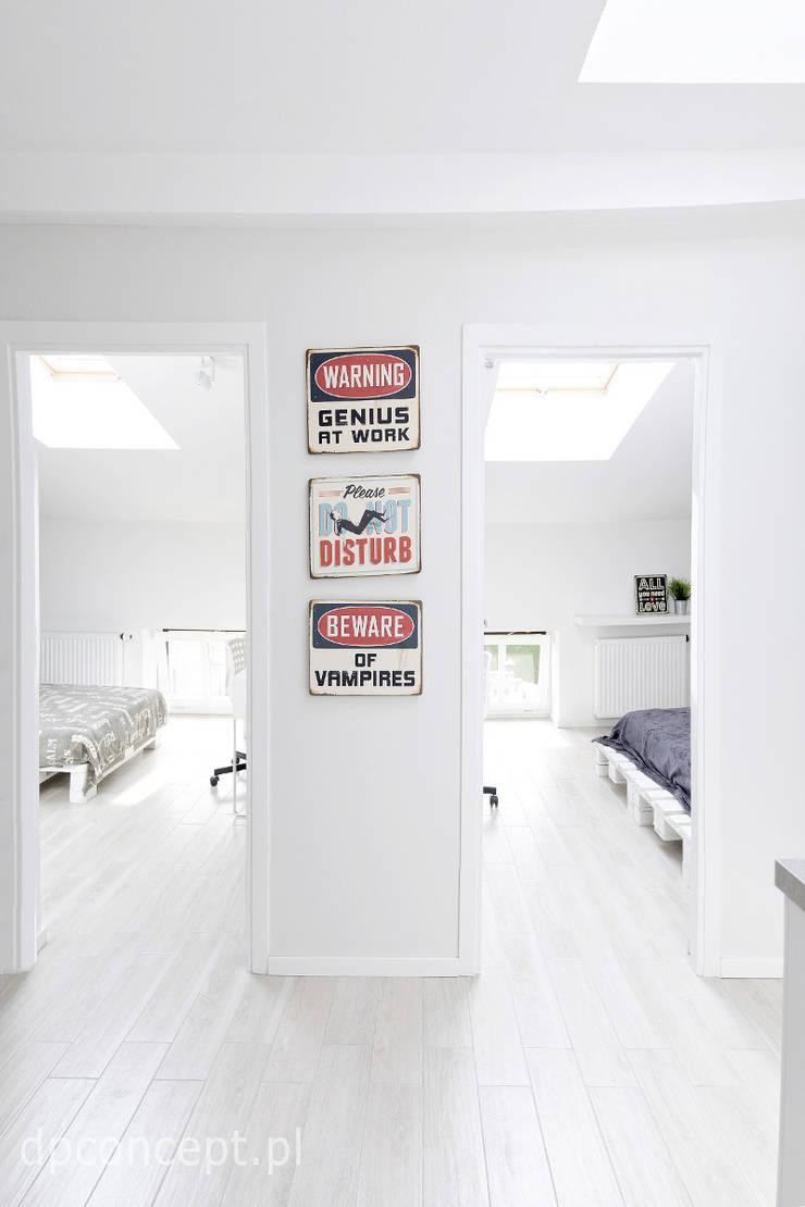 Couloir, entrée, escaliers scandinaves par DP Concept Scandinave