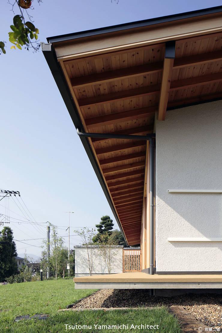紡ぐ家 ~3世代の住まい~: 山道勉建築が手掛けた家です。,