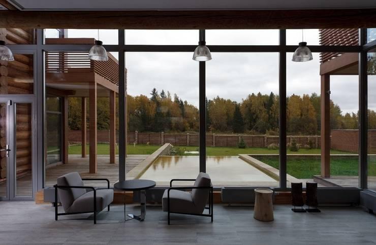 Salas de estar ecléticas por LOFTING