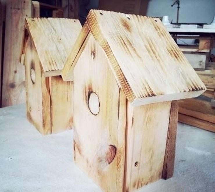 Lámpara hecha con palets infantil casita de pájaros : Dormitorios de estilo moderno de Mind Made - Muebles hechos con Palets