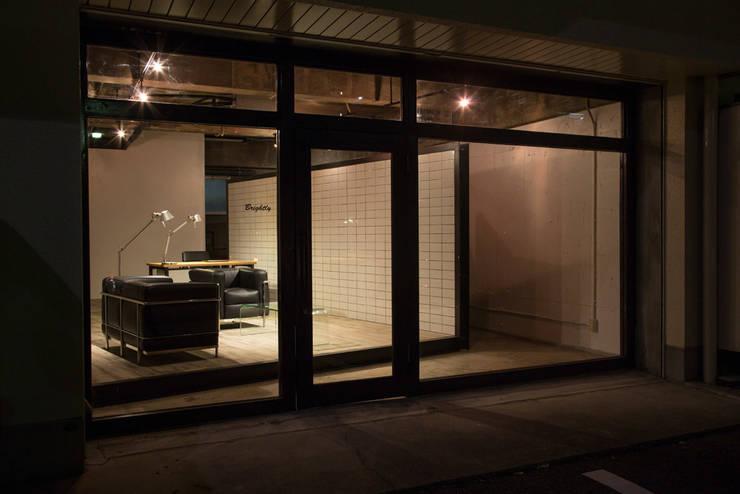 Brightly office: iks designが手掛けたオフィススペース&店です。