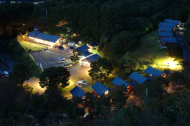 Hoteles de estilo  de 株式会社 上野振興公社