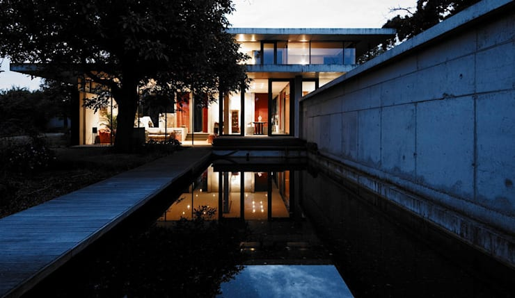 Transparenz & Spiegelung: moderne Häuser von dürschinger architekten
