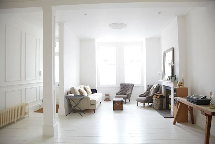 Rear Extension:  Living room by Oakman