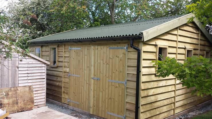 Garage/schuur door Regency Timber Buildings LTD