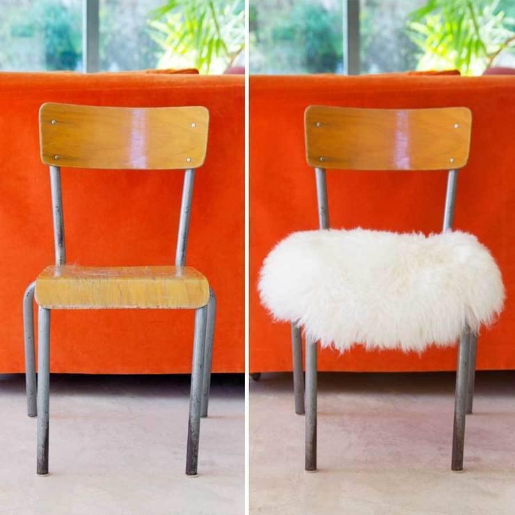 Top Moumoute, également parfaite pour une chaise!: Salon de style de style Moderne par FAB design