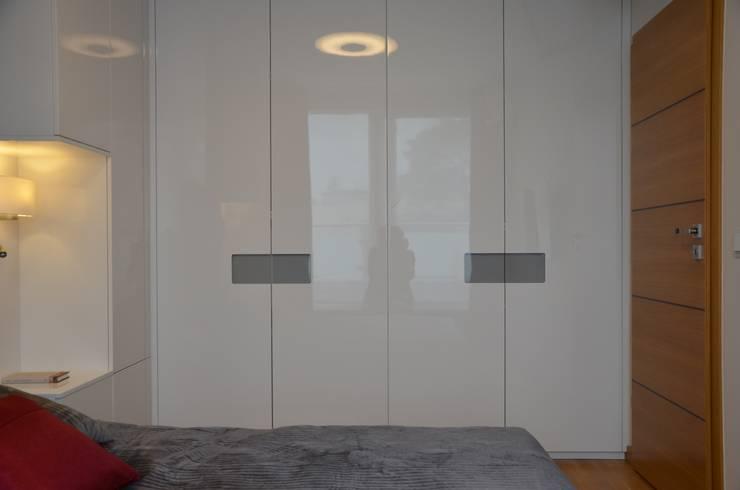 APARTAMENT W SOPOCIE: styl , w kategorii Sypialnia zaprojektowany przez Prusakowska Libera,