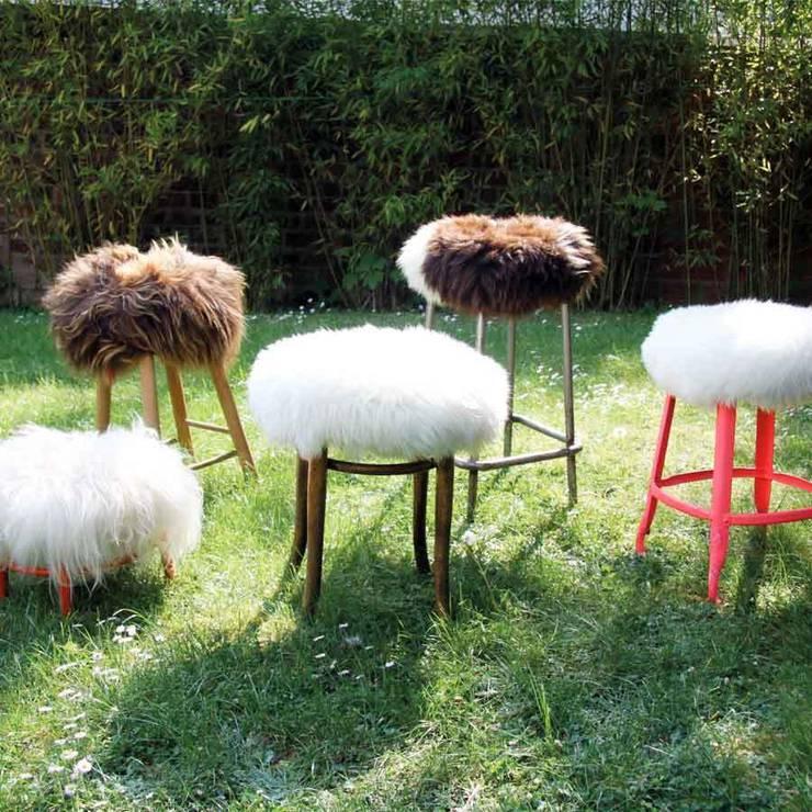 Un troupeau de Top Moumoutes: Salon de style  par FAB design