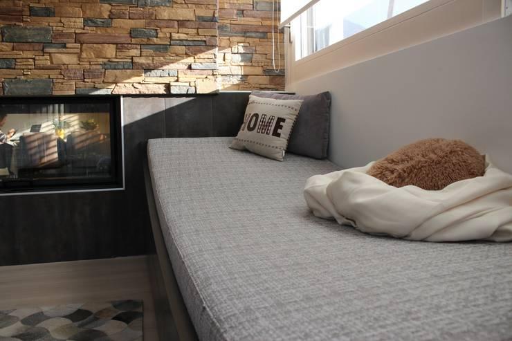Liege:  Wohnzimmer von wohn & küchenwerkstatt robert greil