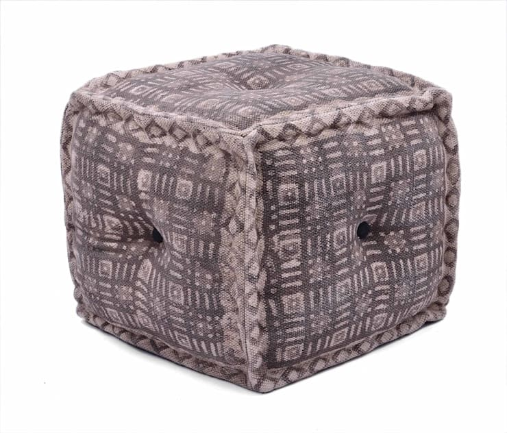 Natural Fibres Dabu Cotton Print Ottoman:  Living room by Natural Fibres Export