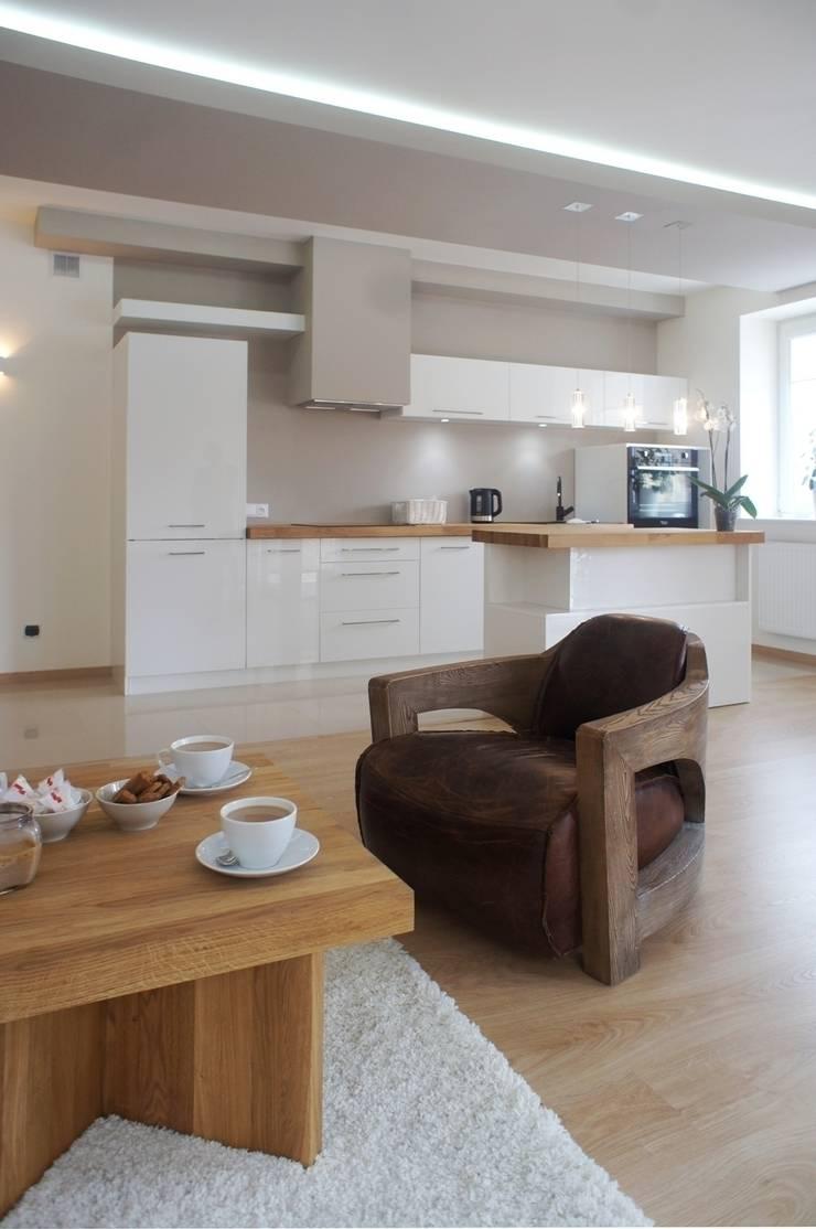 Mieszkanie Ignatki: styl , w kategorii Kuchnia zaprojektowany przez Anna Wrona,