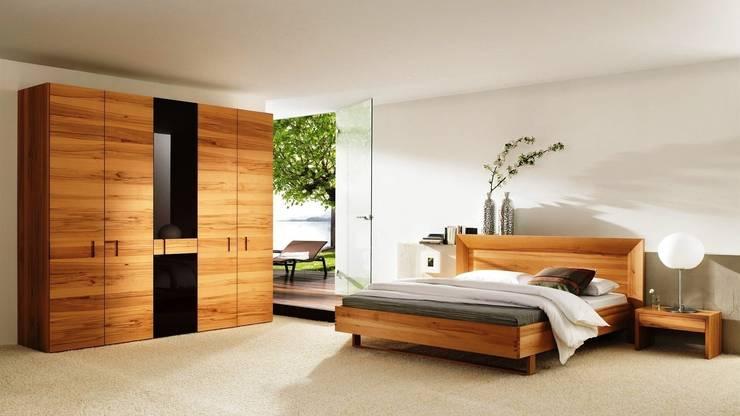 Pintura y Decoraciones: Dormitorios de estilo  de Pinturaskar
