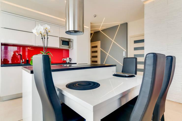 APARTAMENT W SZCZECINIE: styl , w kategorii Kuchnia zaprojektowany przez ARCHINSIDE STUDIO KATARZYNA PARZYMIES