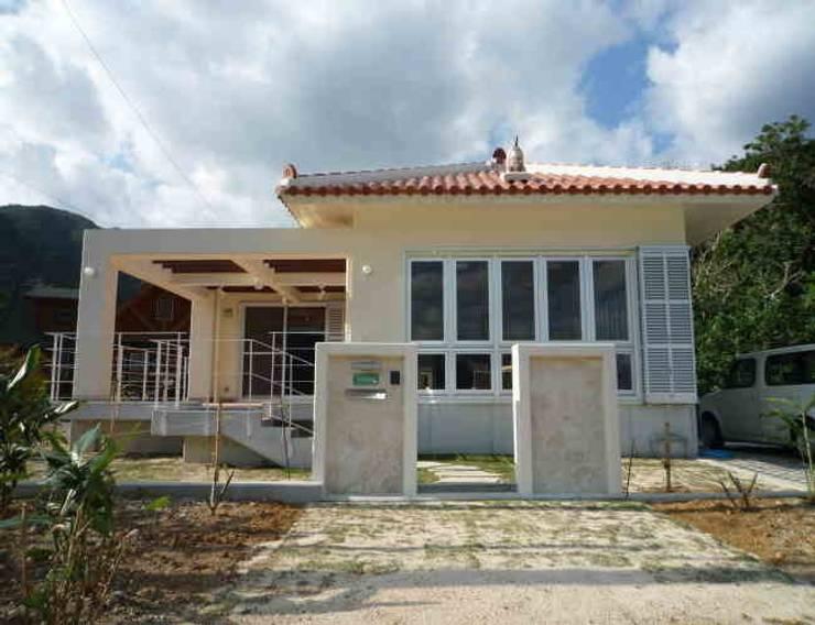 บ้านและที่อยู่อาศัย โดย 船木建築設計事務所,