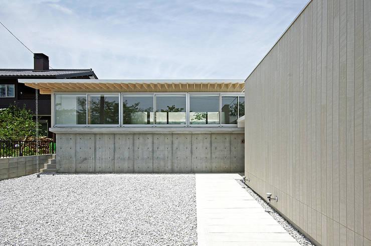 外観: 株式会社 空間建築-傳が手掛けた家です。