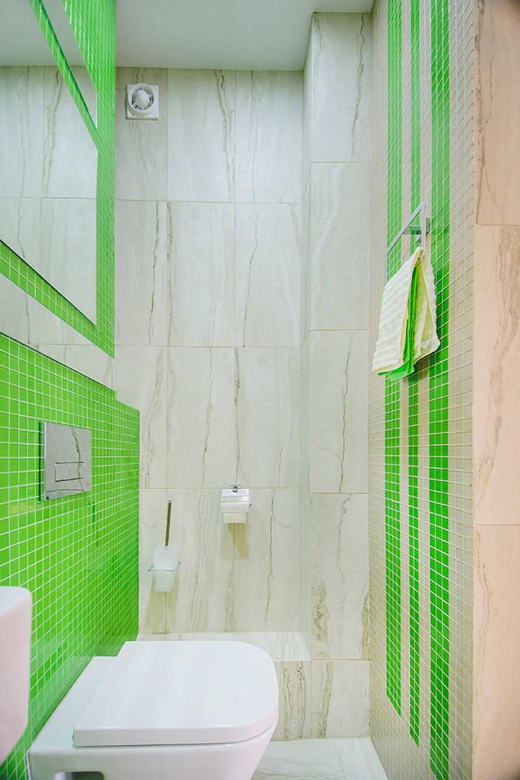 Шоу-рум в ЖК <q>Европейский</q>: Ванные комнаты в . Автор – Студия Анастасии Бархатовой, Эклектичный