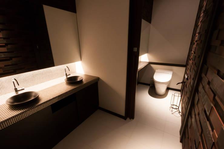 Cliniques modernes par 鈴木祐介建築事務所 Moderne