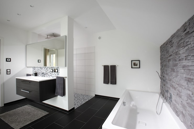 modern Bathroom by FingerHaus GmbH