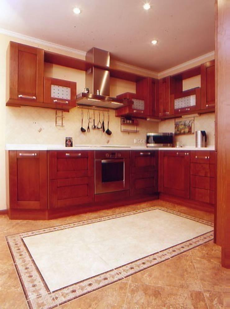 рабочая зона кухни: Кухни в . Автор – Территория Дизайна