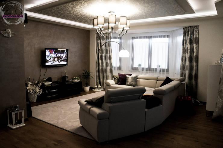 Dom pod Zambrowem : styl , w kategorii Salon zaprojektowany przez EnDecoration,Nowoczesny