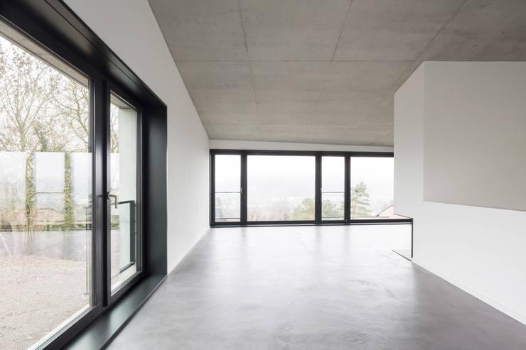 Phòng khách by Jäger Zäh Architekten
