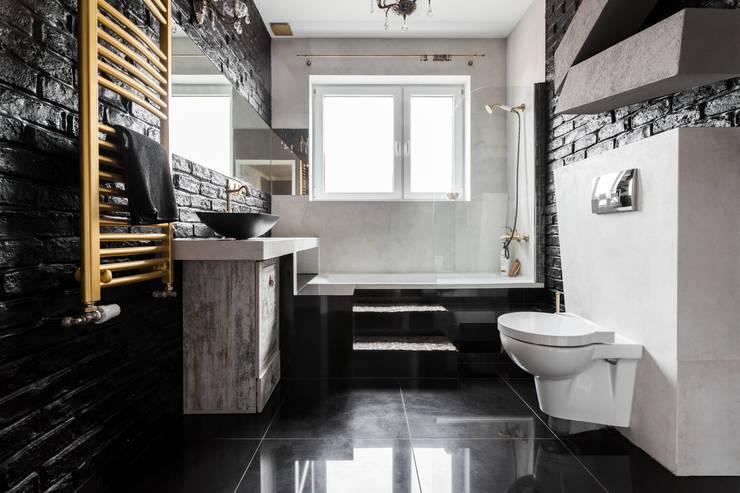 Łazienka styl eklektyczny- trochę klasyki, trochę nowoczesności i zabawa formą !: styl , w kategorii Łazienka zaprojektowany przez Archikąty