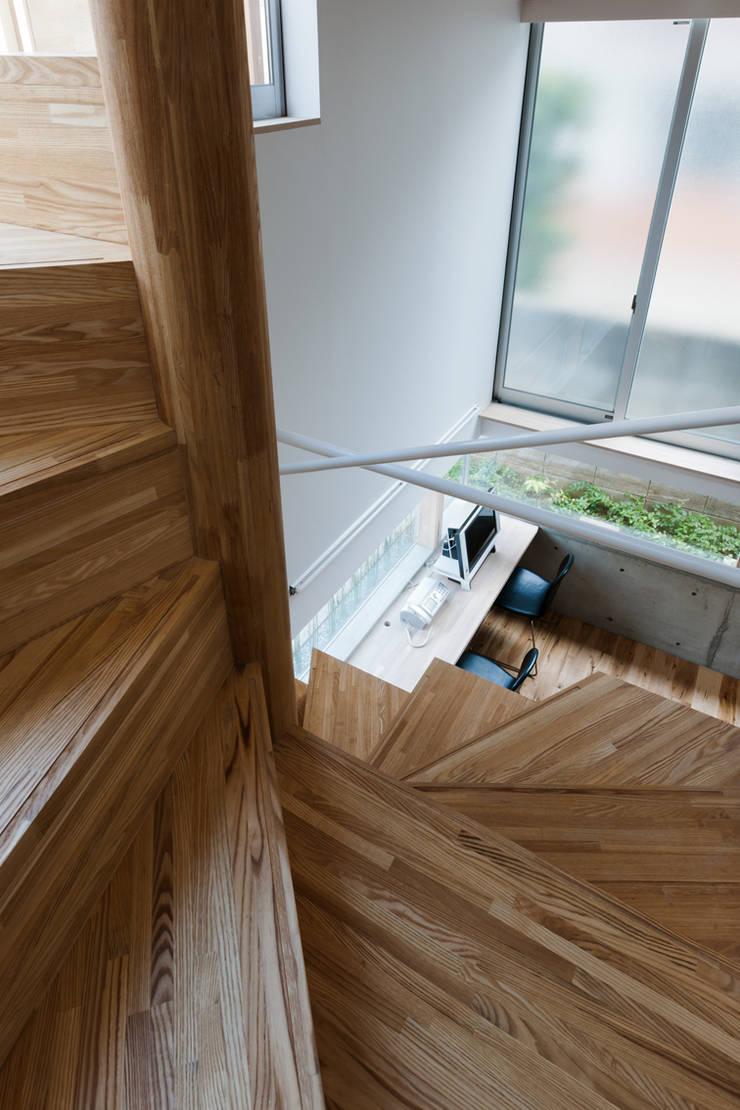 .: 藤田大海建築設計事務所が手掛けた廊下 & 玄関です。