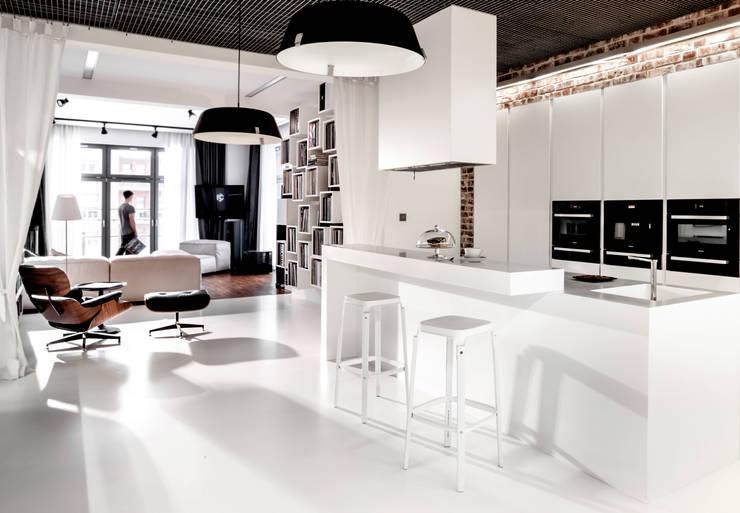 Apartament City Park Poznań: styl , w kategorii Kuchnia zaprojektowany przez Ostańska design,Nowoczesny