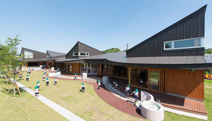 外観 1: u.h architectsが手掛けた学校です。