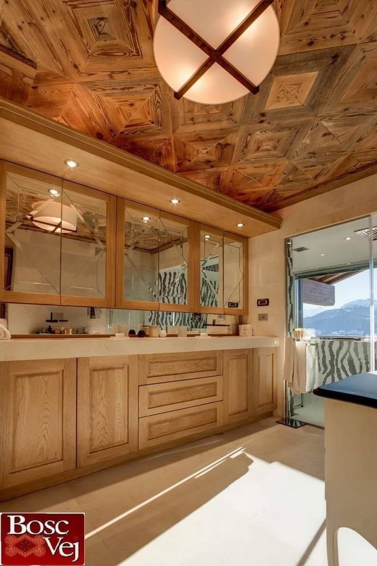 Chalet Excelsior w Crans Montana w Szwajcarii: styl , w kategorii Kuchnia zaprojektowany przez Bosc Vej s.r.l.