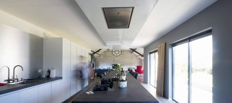 keuken:  Keuken door BALD architecture, Modern