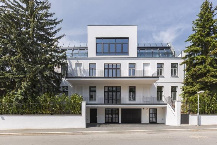 Schreiberweg 12, 1190 Wien:  Häuser von Serda