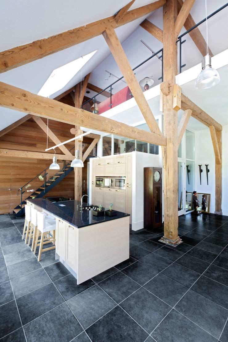 keuken, nieuwe situatie: modern  door Suzanne de Kanter Architectuur & Interieur, Modern
