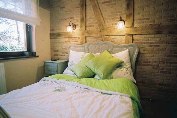 sypialnia: styl , w kategorii Sypialnia zaprojektowany przez projektowanie wnętrz,