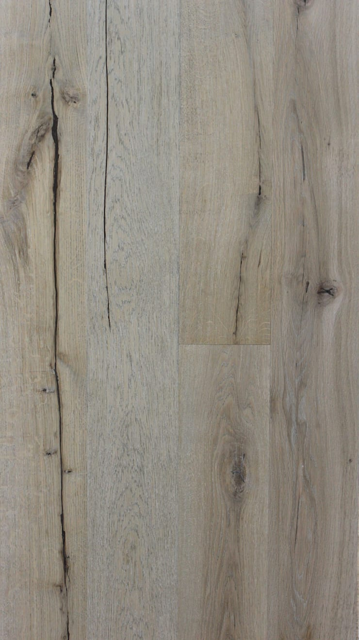 Distressed Old White:  Walls & flooring by The Natural Wood Floor Company