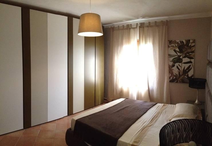 Appartamento: Camera da letto in stile in stile Coloniale di Marianna Leinardi