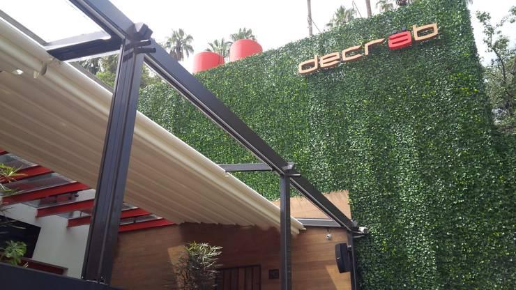 Dcrab: Oficinas y tiendas de estilo  por GreenSmart