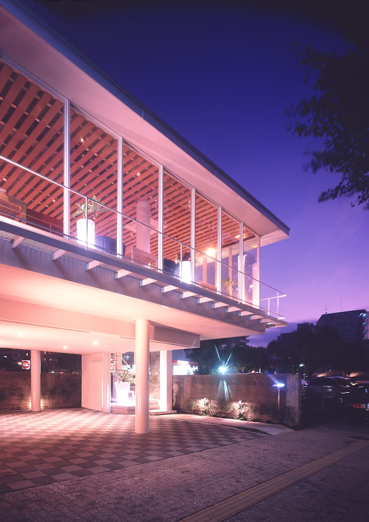 VINO: 末永幸太建築設計 KOTA SUENAGA ARCHITECTS が手掛けたレストランです。