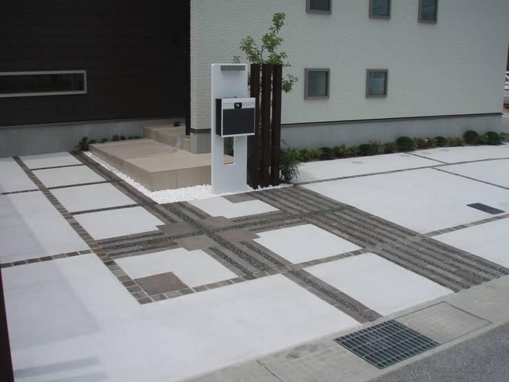 D様邸2: 山野興業 ガーデンスタイルなごみが手掛けた現代のです。,モダン