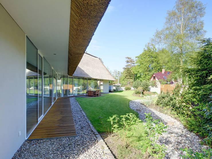 Casas modernas por Möhring Architekten