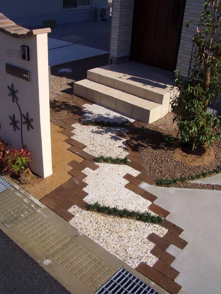 H4様邸3: 山野興業 ガーデンスタイルなごみが手掛けたです。,