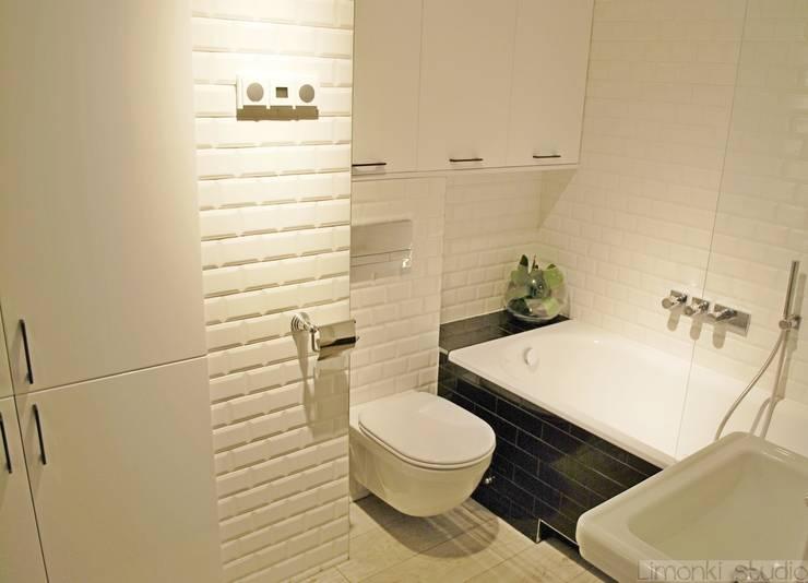 Mieszkanie w stylu klasycznym: styl , w kategorii Łazienka zaprojektowany przez Limonki Studio Wojciech Siudowski
