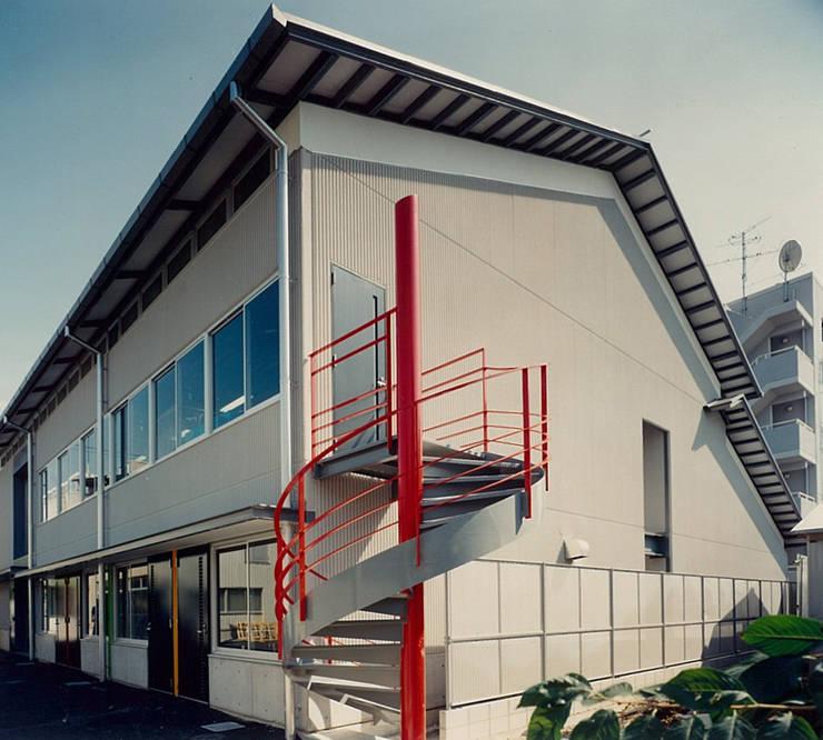 外観: 堀内総合計画事務所が手掛けたオフィススペース&店です。