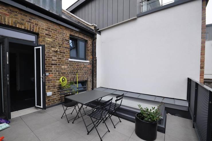 KINGSLAND ROAD:  Terrace by E2 Architecture + Interiors